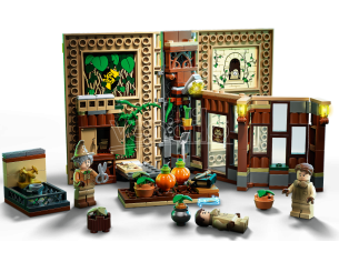 LEGO HARRY POTTER 76384 - LEZIONE DI ERBOLOGIA A HOGWARTS