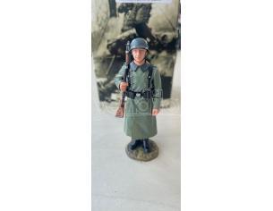 King & Country WS094 Soldato della Wehmacht di Guardia con Cappotto SCATOLA ROVINATA